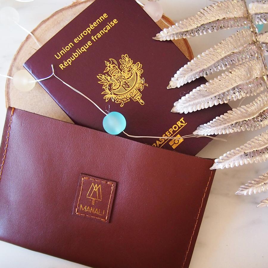 protège-passeport marron